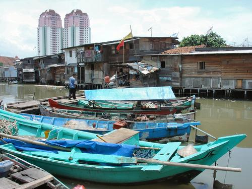 Fishing village near Sunda Kelapa Harbour (Dsc03528_1)