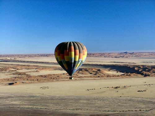 Sossusvlei dunes (Dsc00576enh_1)
